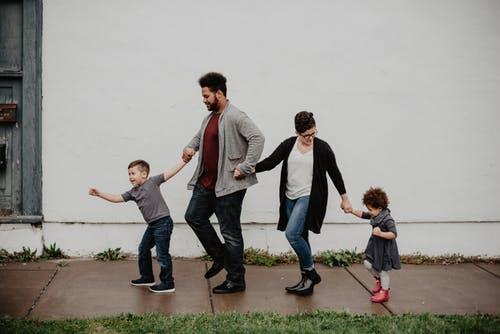 Sæt fokus på børnenes tarv i familiedebatten