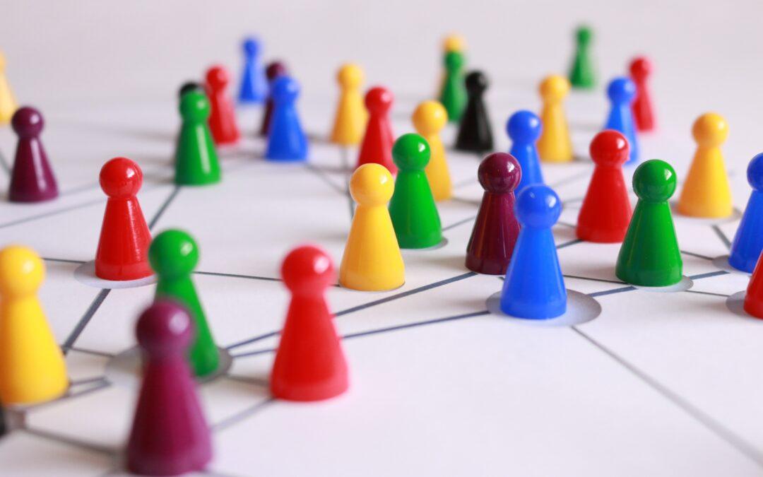 Hvem vinder: E-mail eller Facebook når du skal være effektiv?